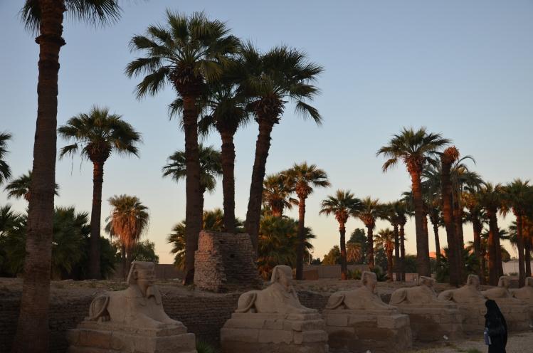 G30 Luxor